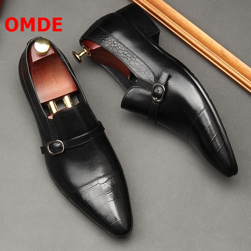 OMDE Pointed Toe Men Leather Shoes British Style Fashion Men s Loafers Handmade Buckle Strap Slip