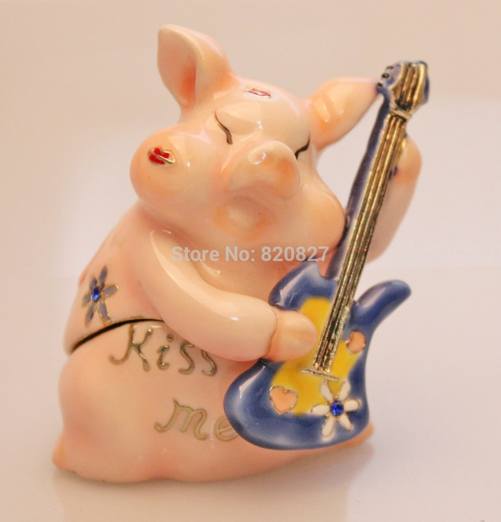 купить Pink Pig Playing Guitar Trinket Ring Jewelry Box Lovely Metal Pig Box Crafts Birthday Gifts