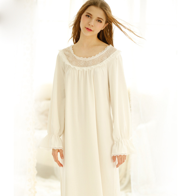 Free Shipping 2017 Spring And Summer Brief Cotton Long-Sleeve Royal Princess Nightgown Female Sexy Lace Sleepwear Home Dress