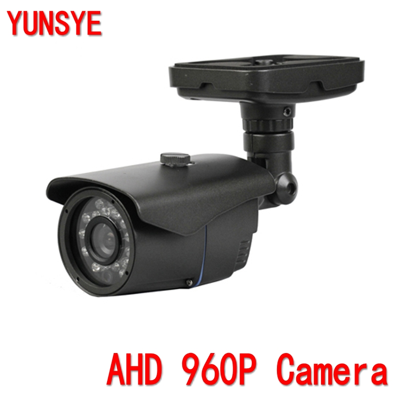 AHD 960p 1/3Sony imx238+NVP2431H 1200TVL 30pcs ir Leds 2.8-12mm lens analog day night outdoor bullet CCTV AHD 960P camera hot ahd camera 960p 1 3mp sony imx238 chip high power array leds waterproof clear night vision ir filter 1 3 serveillance camera