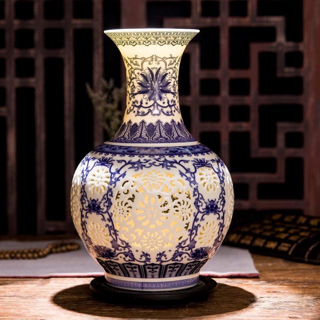 Jingdezhen Hollow Ceramic Vase Chinese Blue And White  Pierced Vase Living Room Decoration Porcelain Flower Vase