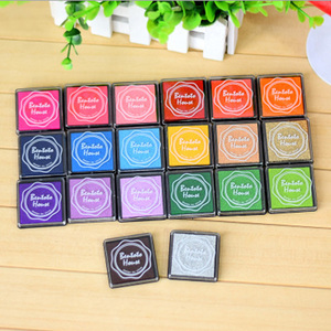 4cm Square Pure color color ink pad mini sponge DIY stamp ink pad stationery school supplies(China)