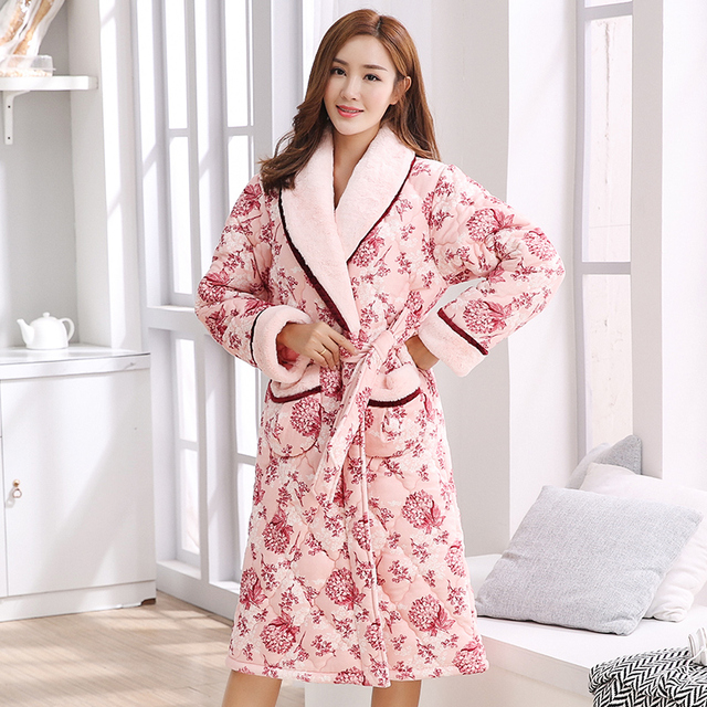 Winter three-layer quilted padded home service thicken flannel bathrobe warm  female casual coral fleece quilted robes women 3XL e367e25e5