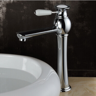 цены New Arrival High Brass Chrome Plated Basin Faucet Mixer Water Tap Single Hole Bathroom Faucet Gold Faucet torneira para banheiro