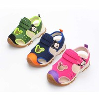 Summer new children's sandals for boys and women children indoor and outdoor cartoon Baotou anti kick baby sandals gg78