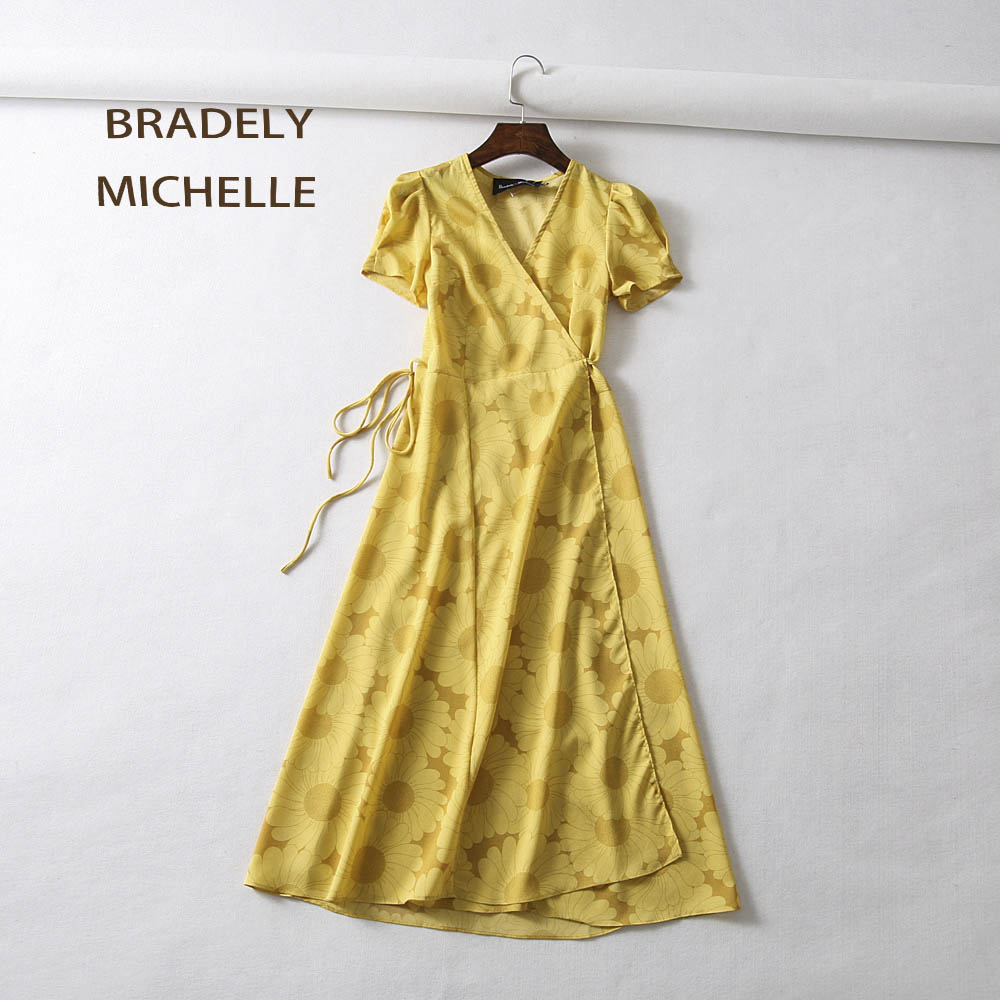 21cb2f985002 BRADELY MICHELLE Summer Dress 2018 Vntage Sexy Short-sleeve Sheath Mid-Calf  Printed One-piece Dress with Bandage robes femme