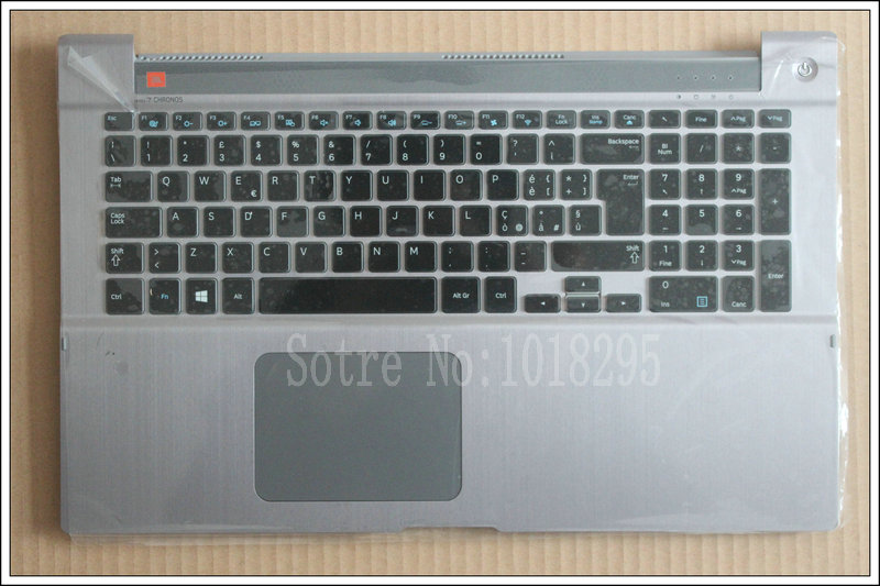 NEW FOR Samsung NP700Z7A NP700Z7B NP700Z7C  Backlit Italian IT  Keyboard with Palmrest Touchpad cover BA73-03735E