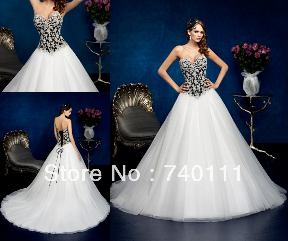 Luxury Sweetheart Black And White Wedding Dress Strapless Beaded ...