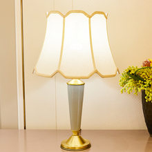 American Style Ceramic Table Lamps For Living Room Copper Light Green Home Decor Vase Shape