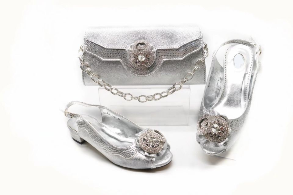 Top sale silver women Med shoes with crystal decoration african shoes match handbag set for dress X21,heel 3CM