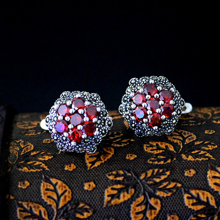 Est goûté S925 bijoux en argent en gros fine incrustation zircon femelle fleurs exquis oreille clip délicat et élégant