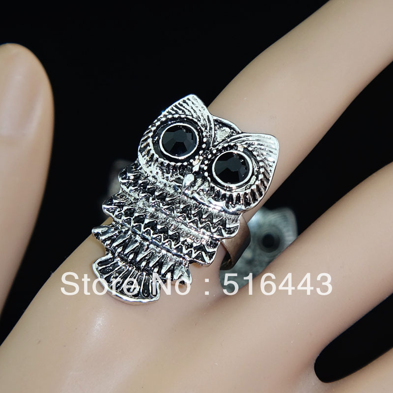 New Arrival 10pcs Wholesale Vintage Jewelry CZ Rhinestones Retro Antique Silver P Owl Rings for Women Mens Free Shipping A-855
