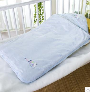 2016 hot Recommended 95*95CM 3 Season Baby sleep bags for Infant Sleeping bags and Bed mat & Color random Home Child Protector