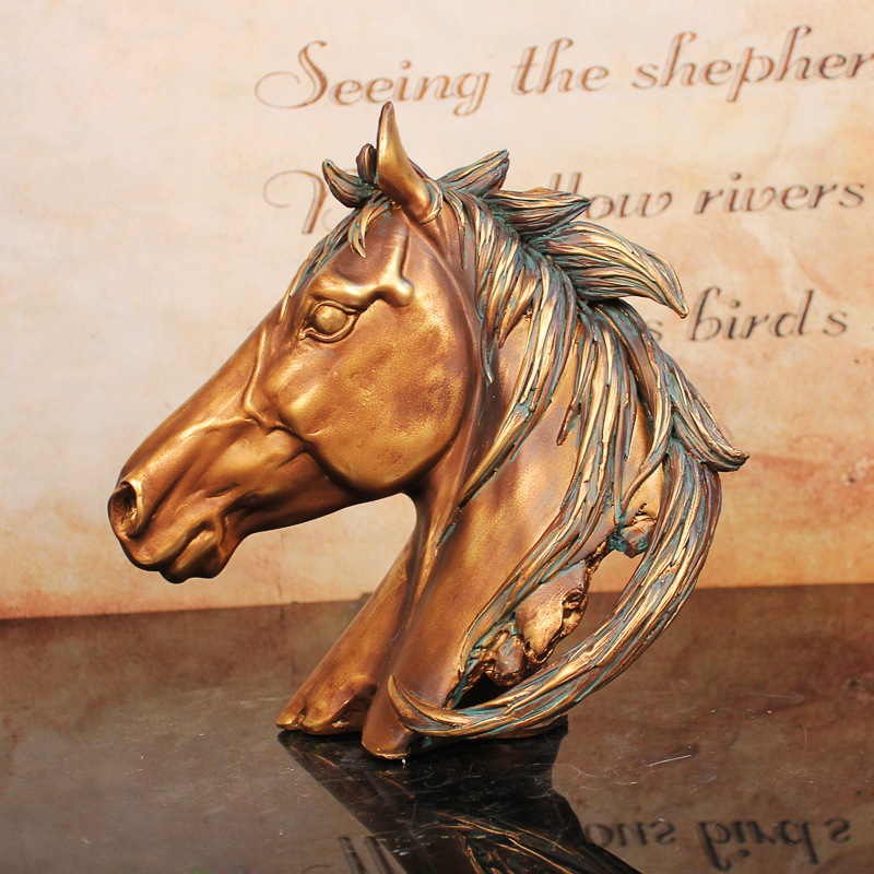 European Ornaments Retro Lucky Resin Horse Auspicious Lucky Opening Gift Wine Cabinet Furniture Jewelry Crafts Ornaments