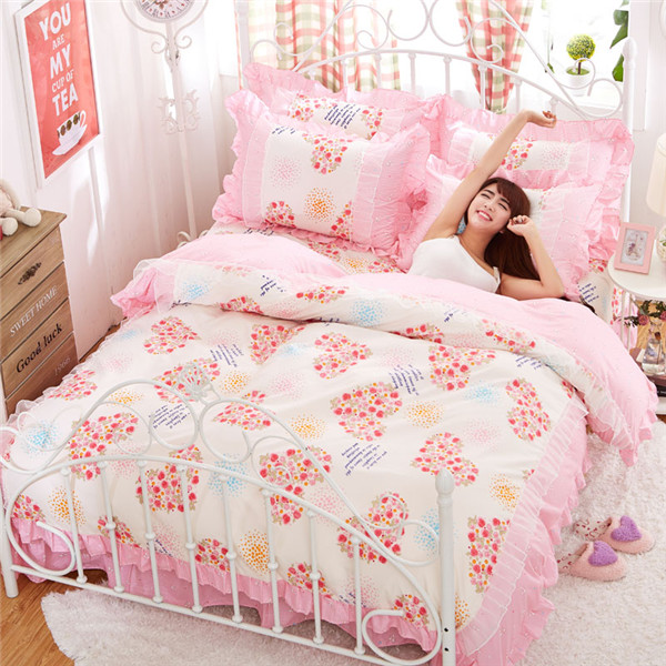 Luxury White Lace Princess bedding sets Duvet Cover Set 4pcs pink Flower Ruffles full queen size Bedspread Bed sheet 45