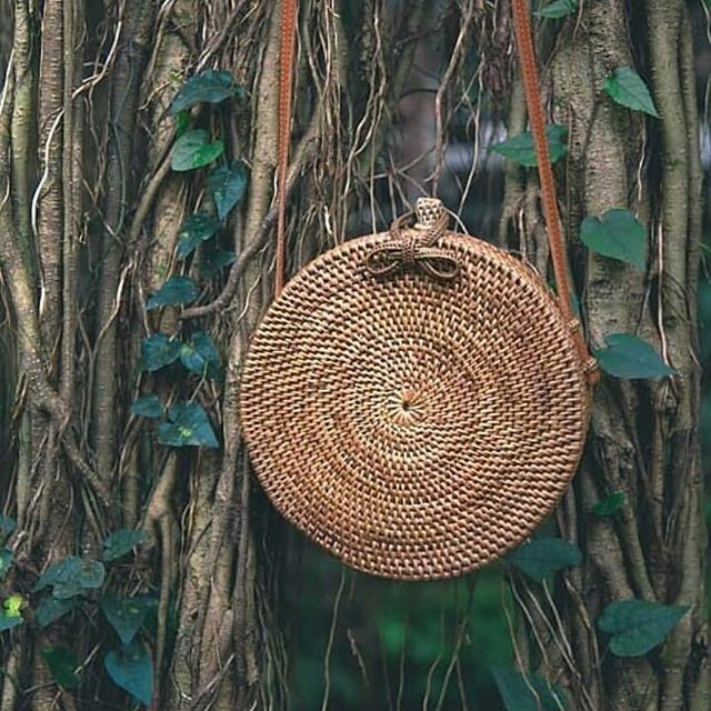 Bali Island Hand Woven Bag Round Bag buckle Rattan  Straw Bags Satchel Wind Bohemia Beach Circle Bag 12