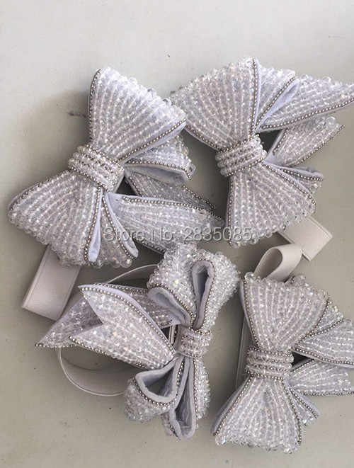 ... Fashion Luxury Stretch Strap White Pearls Bowknot Black Pink Gold  Rhinestone Removable Crystal Bow For Pumps a8a17569036e