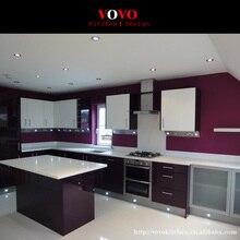 Лаковые кухонные шкафы в современном стиле