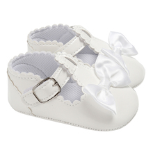 Newborn Baby Girls Leather Shoes Princess Soft Sole First Walkers Dance Shoes Toddler Pram Crib Buckle Dance Shoes