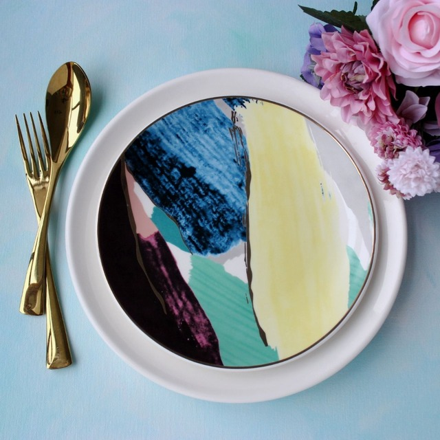 High-end home aesthetic hand-painted decorative plate art sense of Western dishes ceremony & High end home aesthetic hand painted decorative plate art sense of ...