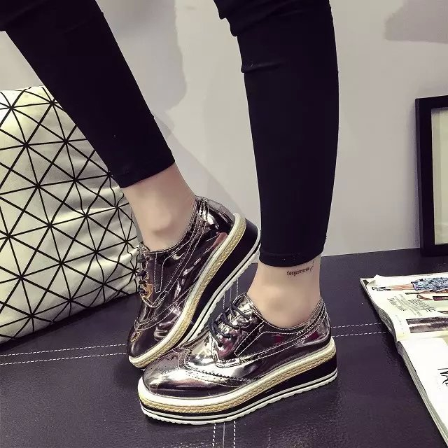 strappy flats girls shoes Patent Leather Women Oxfords Platform Shoes woman Creepers Casual Flats Lace Up Brogue Shoes XK011009 qmn women genuine leather platform flats women laser cut patent leather brogue shoes woman oxfords lace up leisure shoes 34 39