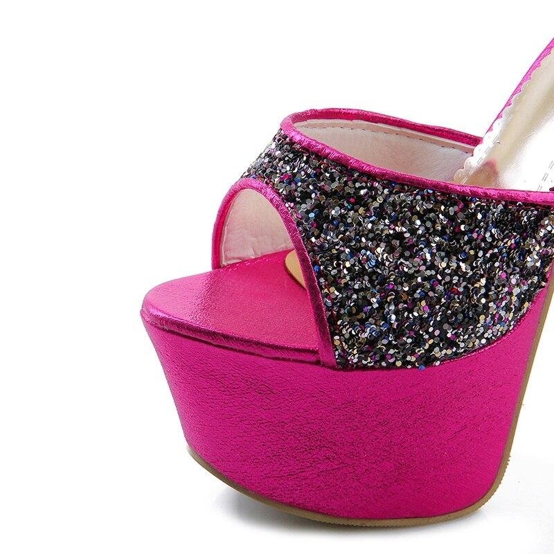 De Talons argent Doux forme Chaussures Femmes Nouveau Or Hauts Sexy Plate Memunia Confortable D'été 2018 Mode Dames rouge Sandales Arrivent Partie aFI66S