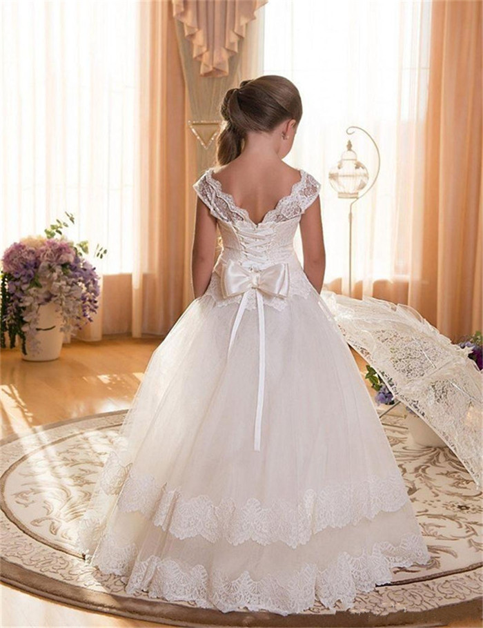 Flower Girls Dress for Weddings White Ivory Lace Appliques Ball Gown Princess Children Girl Pageant Gown First Communion Dress