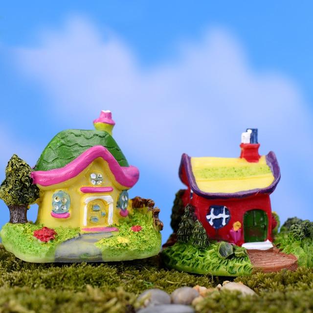 Mini Castle Cartoon House Villa Mini Buildings Miniatures Fairy Garden Gnome Moss Terrarium Decor Crafts Bonsai Home Decor 2