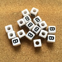 Acrylic Letter Beads 1100pcs Cube Square Alphabet Plstic Initial B Bracelet Spacer Beads Ornament Accessory Necklace Keyring DIY