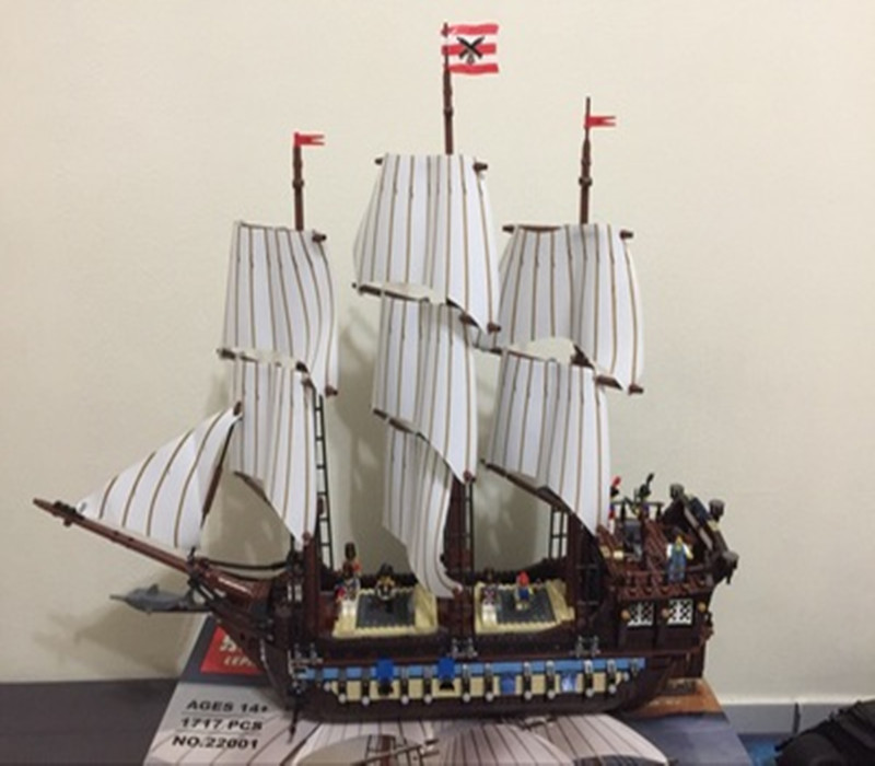 Compatible legoining 10210 lepin Pirates ship 22001 Pirates of the Caribbean Ship Imperial Warships Model Building Block in stock new lepin 22001 pirate ship imperial warships model building kits block briks toys gift 1717pcs compatible10210
