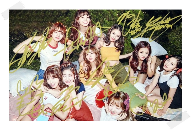 signed TWICE  autographed group photo Twicetagram  6 inches freeshipping 112017A signed twice da hyun autographed photo 4 6 inches freeshipping 072017