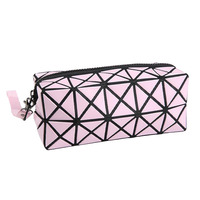 Fashion Geometric Zipper Cosmetic Bag Women Laser Flash Diamond Leather Makeup Bag Ladies Cosmetics Organizer New