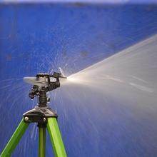を 360 度のロッカー回転庭の芝生灌漑ツール耐久ガーデンスプリンクラー回転スプレーノズル植物散水スプリンクラー