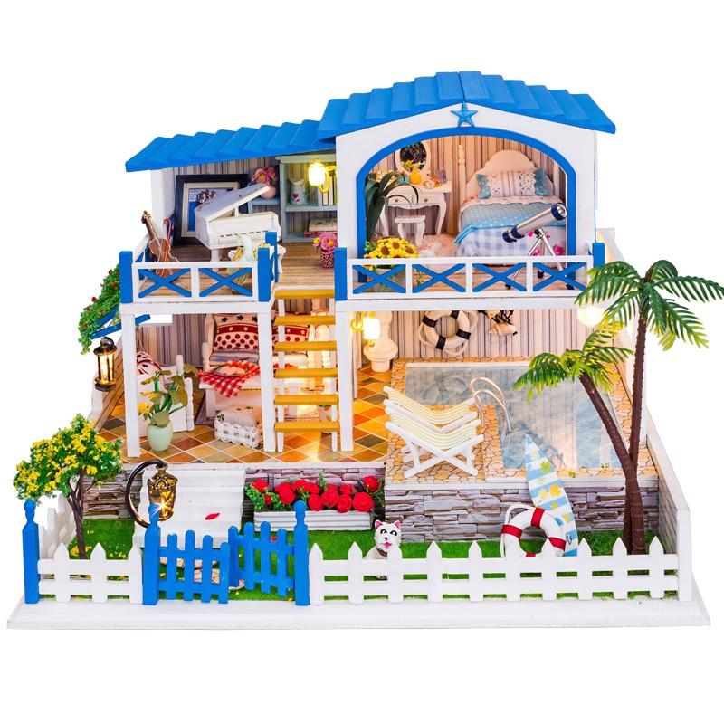 цена DIY Miniature dollhouse shed from the stars you Handmade assembled a small house large villa онлайн в 2017 году