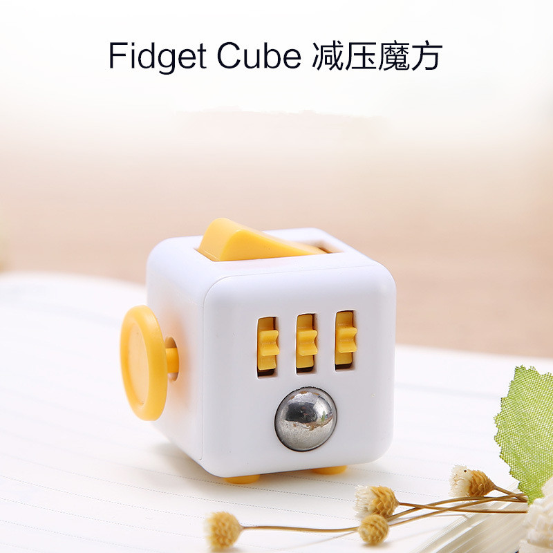 1pc 3.3cm Fidget Cube Desk Spin Puzzles & Magic Cubes Stress Relief Desk Spin Toys Gifts For Children Anti-Stress Toy E