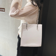 Luxury Chain Leather Bags Handbags Women Famous Brands High Quality Totes Simple Dinner Evening Wrist Bag Ladies Bags Purse New 2018 new boston pillow bag high quality bright patent leather ladies totes shoulder messenger bags handbags women famous brands