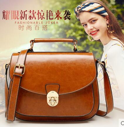 ФОТО Famous brands top quality dermis women bag British retro shoulder bag Piggy pack Saddle bag 50ZD