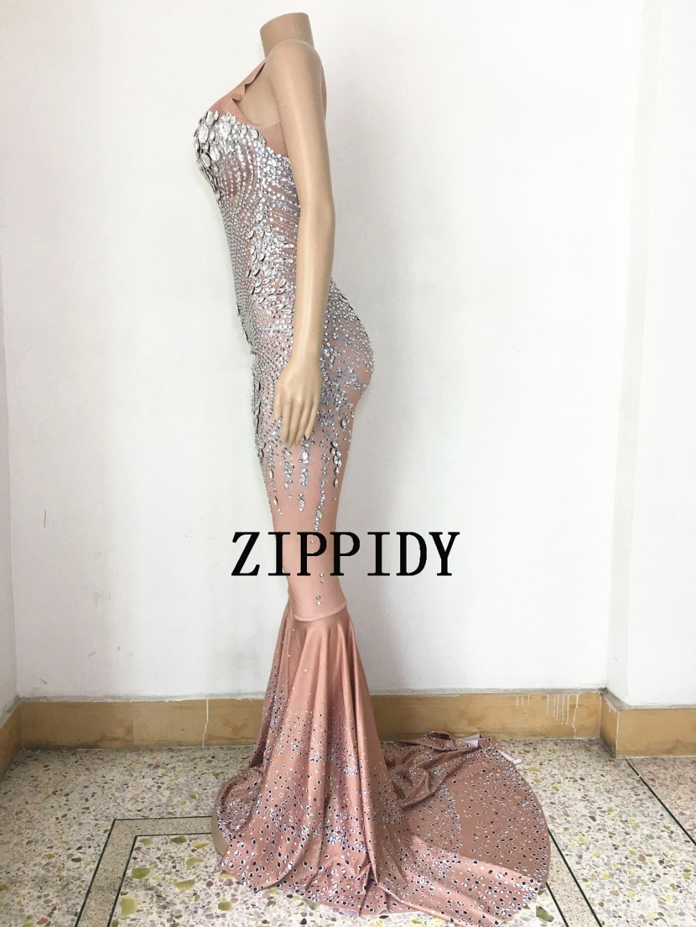 Fashion Sparkly Big Crystals Dress Long Train Women Birthday Costume Prom Celebrate Nude Big Tail Dresses Evening Outfit-in Dresses from Women's Clothing    2
