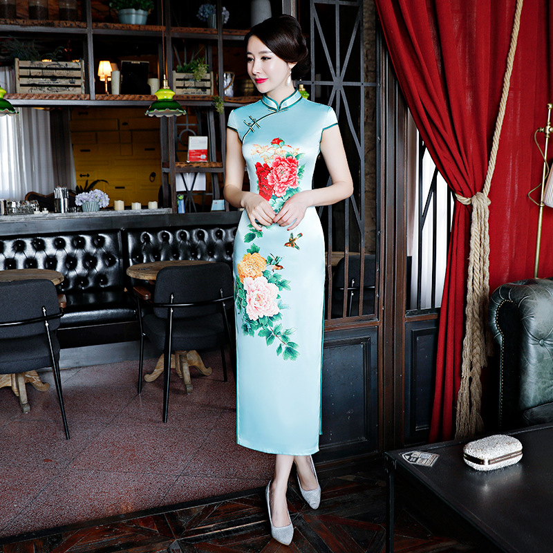 Cheongsam 1824 1865 1825 1826 2018 D'été Bouton 1862 1856 Longue Femmes Robes Sexy 1722 1815 1823 1831 1861 Style 010 011 1723 1808 1811 Rayonne 1807 Mince 024 1830 1858 Chinois Robe 1812 1857 Qipao 1810 1813 1829 Traditionnel Noble 1814 1871 Partie 1816 1859 wONkPn80X