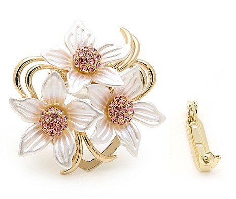 Luxury Rhinestones Flower Brooch