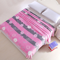 High Density Super Soft Pink Flower bedspread blanket Flannel Blanket to on for the sofa/Bed/Car Portable Plaids Twin Queen S