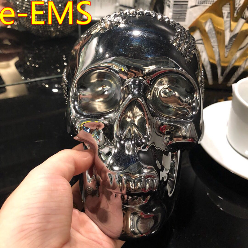 Electroplating Simulation Skull Ceramics Money-box Mirror Tattoo McQueen Style Action Figure Collection Model Giocattolo G2287Electroplating Simulation Skull Ceramics Money-box Mirror Tattoo McQueen Style Action Figure Collection Model Giocattolo G2287