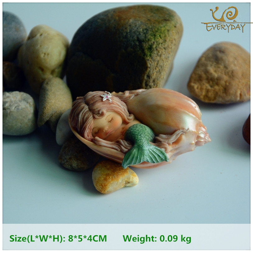Everyday Collection Resin Seashell Sleeping Terrarium Figurine Mermaid Garden Decoration & Home Decoration Accessories