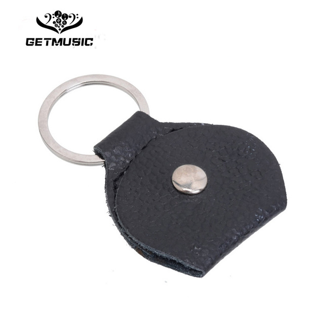 100 pcs Top Quality Guitar Pick Holder Genuine Leather Guitarra Plectrum Case Bag Keychain Shape Guitar Accessories