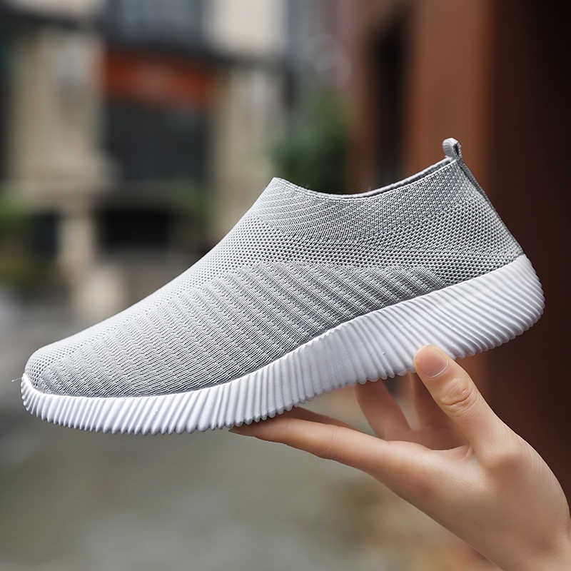 7acb49d713 2019 Spring Tide Brand Tennis Shoes Women Sequin Leather Leisure ...