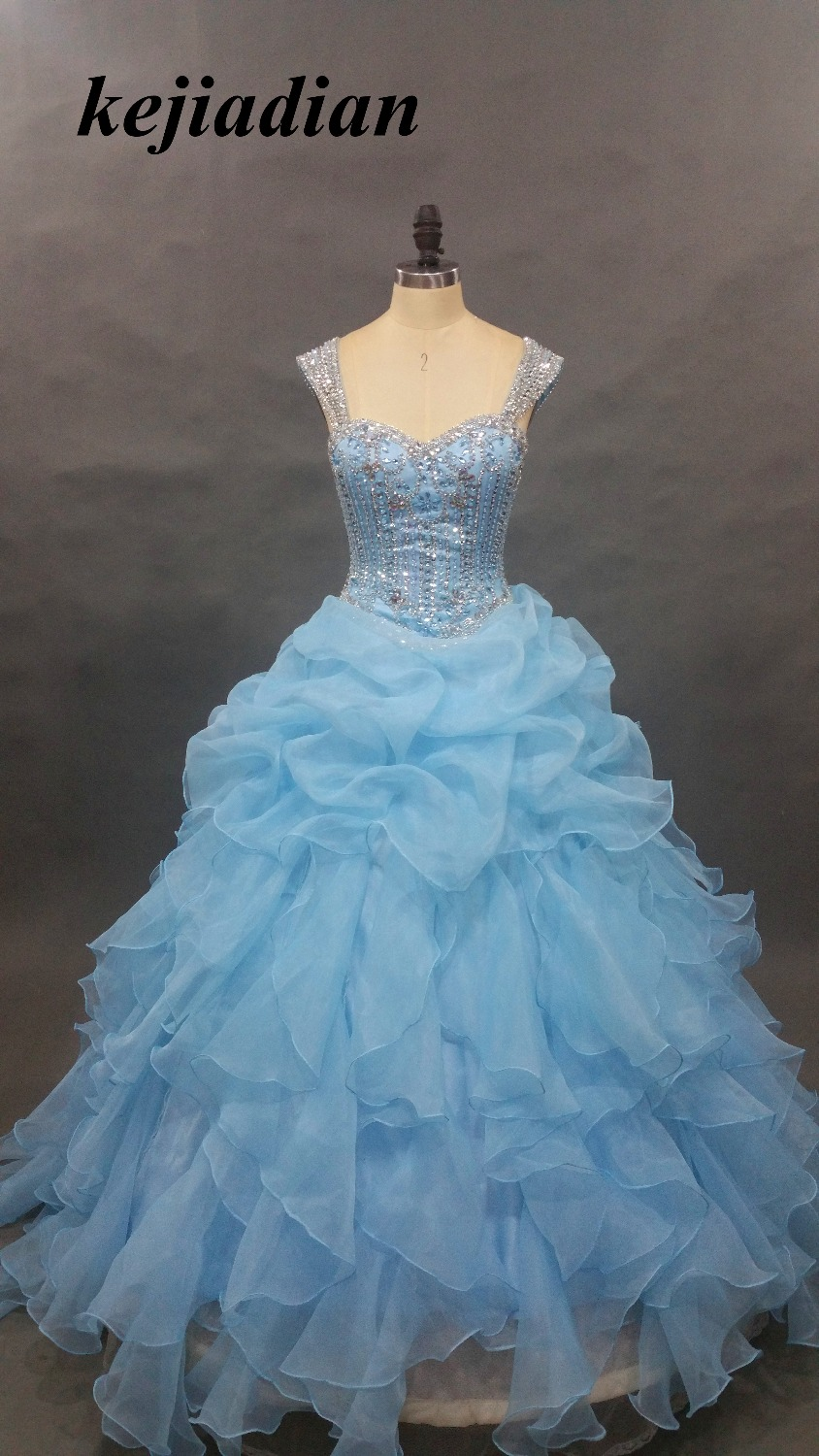Quinceanera Dresses Luxury Blue Quinceanera Dresses 2017 Ball Gown Crystal Beaded Appliques Tulle Long Girl Debutante Gown Vestido 15 Anos
