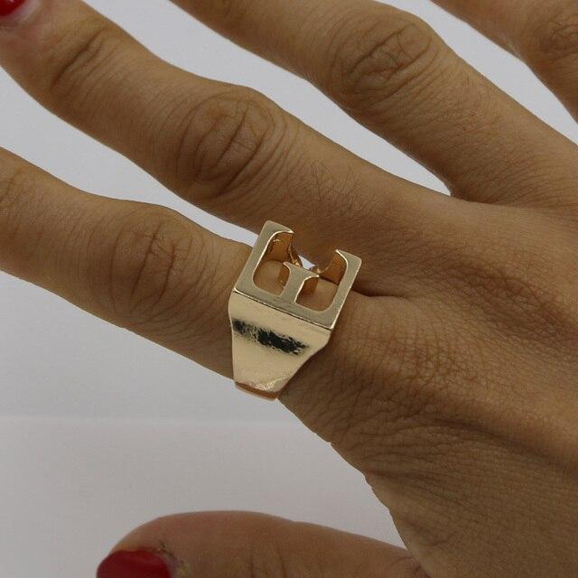 abb2c7490ff1 2016 nueva moda de calidad superior alfabeto E para mujer elegante letra  fresca anillo para hombre