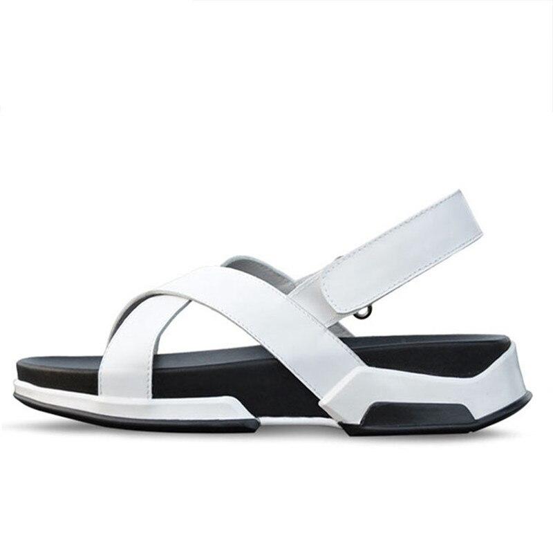 New Arrival Men Beach Sandal Basic Luxury Slip Summer Men Owen Shoes Casual Roma Popular Spring Summer Sandals