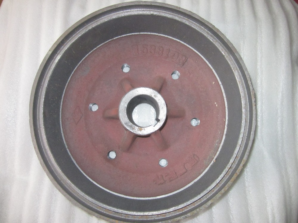 DFH180 tractor parts, the brake drum, part number:15.38.103DFH180 tractor parts, the brake drum, part number:15.38.103