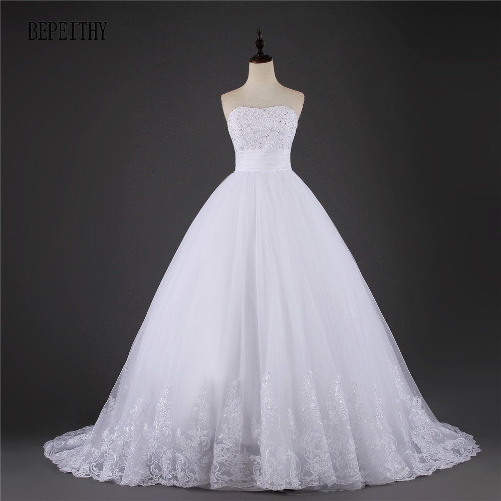 BEPEITH Decent Princess Vintage Bröllopsklänningar 2017 Hot Sale Sweetangel Court Train Vestido De Novia Cheap Boho Bridal Dress